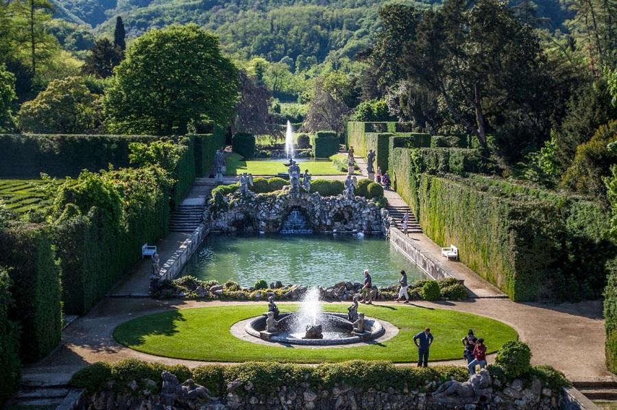 Giardino monumentale di valsanzibio colli euganei for Giardino labirinto